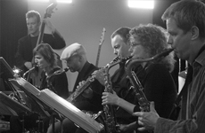 Big band dans chemie: Burn Brigade + Gast!