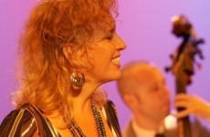 Zangeres Simone zingt zondag Sondheim songs
